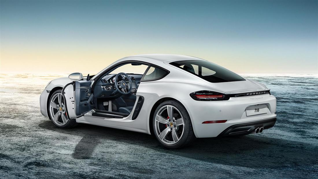 hire a porsche in dubai